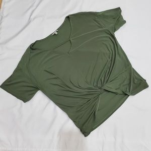 Lucky Brand Top in Olive Green Size XL